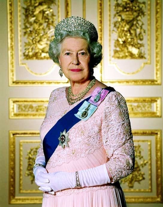 Erica Harel Blog - Queen Elizabeth